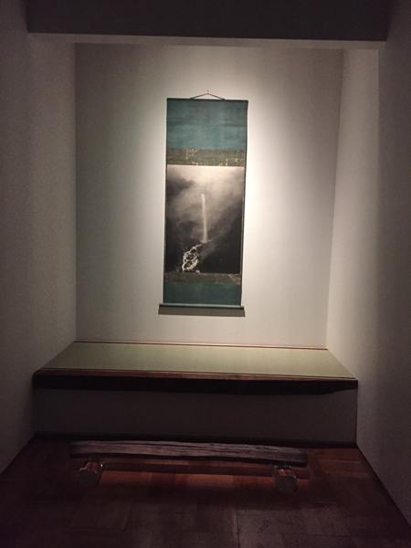 華厳滝図(杉本博司作)