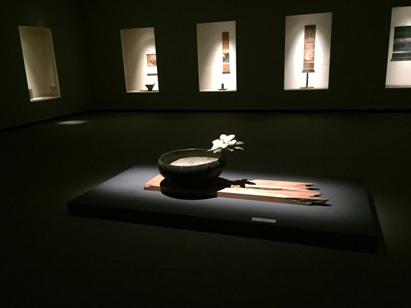 古銅 大升 / 泰山木:花(須田悦弘作)